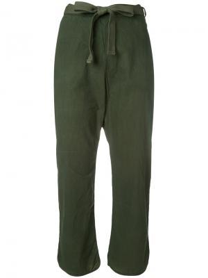 Укороченные брюки Wia Humanoid. Цвет: зелёный
