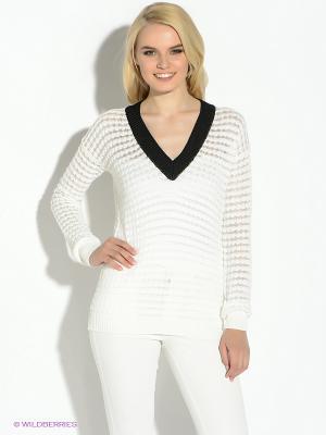 Пуловер GUESS. Цвет: белый