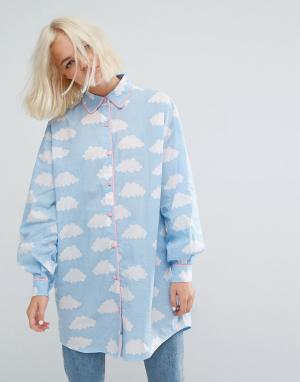 Lazy Oaf Длинная оверсайз-рубашка с облаками. Цвет: синий