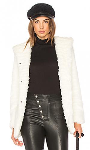 Пальто из искусственного меха indigo Etienne Marcel. Цвет: белый