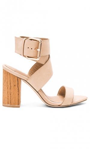 Обувь на каблуке lexie RAYE. Цвет: беж