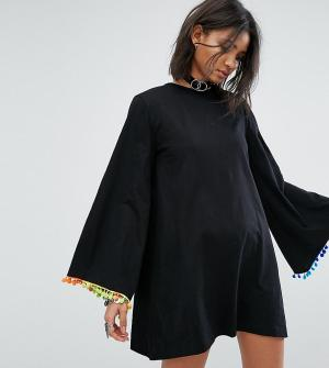 Rokoko Свободное платье с длинными рукавами и отделкой помпонами. Цвет: черный