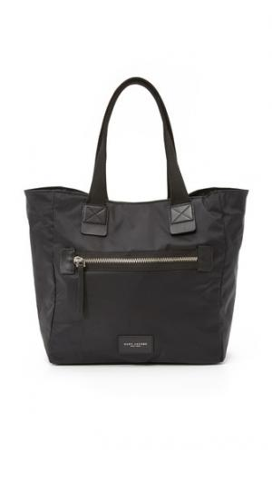 Нейлоновая объемная сумка с короткими ручками N / S в байкерском стиле Marc Jacobs