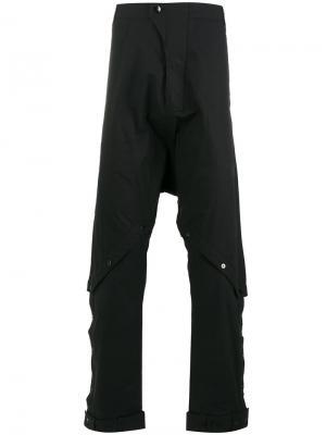 Брюки с заниженной проймой и пуговицами на коленях Barbara I Gongini. Цвет: чёрный