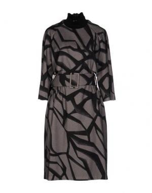 Платье до колена DAMIR DOMA. Цвет: серый