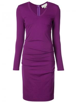 Притаенное платье с присборенной отделкой Nicole Miller. Цвет: розовый и фиолетовый