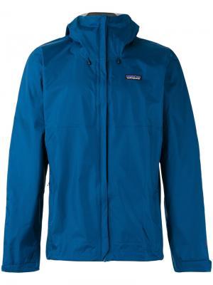 Куртка с капюшоном Patagonia. Цвет: синий