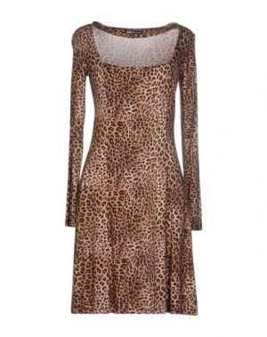 Короткое платье EAN 13. Цвет: хаки