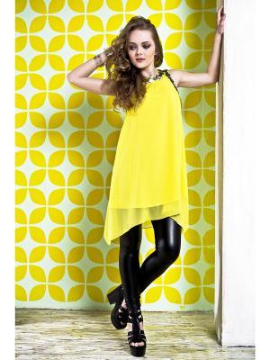 Платье Sabotage. Цвет: желтый