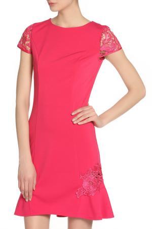 Коктейльное платье с вышивкой LITTLE MISTRESS. Цвет: розовый