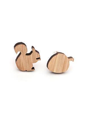 Запонки деревянные белочка и орех Churchill accessories. Цвет: серебристый