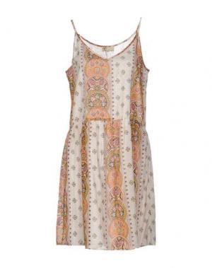 Короткое платье LOCAL APPAREL. Цвет: слоновая кость