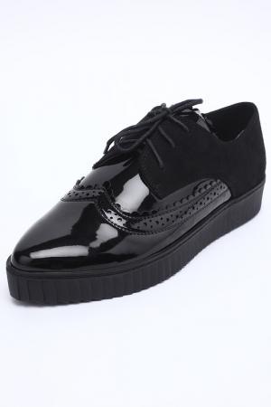 Туфли закрытые SprinkSolo. Цвет: черный
