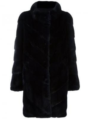 Пальто в рубчик на пуговицах Yves Salomon. Цвет: чёрный