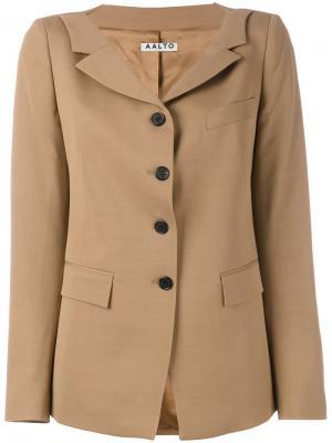 Пиджак на пуговицах Aalto. Цвет: телесный