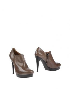 Ботинки VIVIEN. Цвет: темно-коричневый