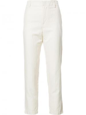 Укороченные строгие брюки Vince. Цвет: белый