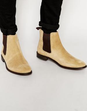 ASOS Бежевые замшевые ботинки челси со вспомогательной петлей. Цвет: светло-бежевый