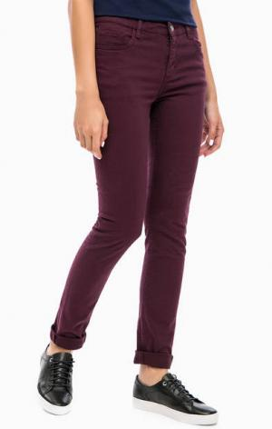 Фиолетовые зауженные джинсы Lacoste. Цвет: фиолетовый