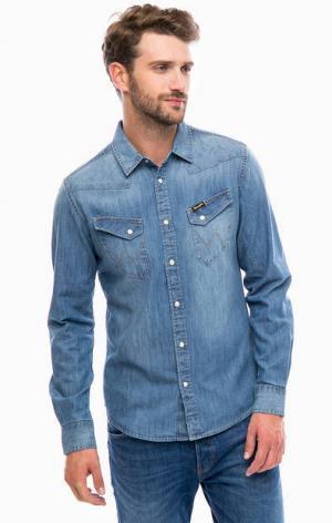 Синяя джинсовая рубашка с карманами Wrangler. Цвет: синий
