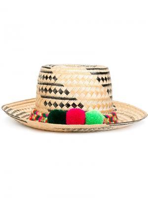 Шляпа с помпонами Yosuzi. Цвет: многоцветный