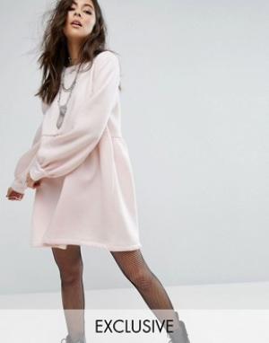 Rokoko Свободное трикотажное платье. Цвет: розовый