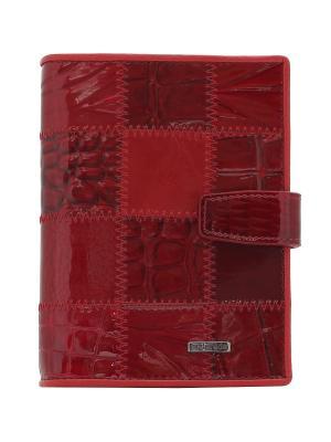 Обложка Malgrado. Цвет: темно-бордовый, антрацитовый, темно-красный
