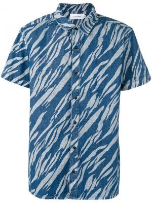 Рубашка с короткими рукавами и рисунком Les Benjamins. Цвет: синий