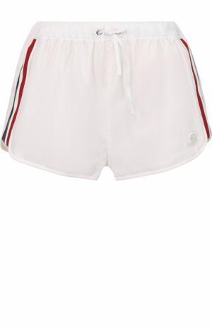 Мини-шорты с контрастными лампасами Moncler. Цвет: белый