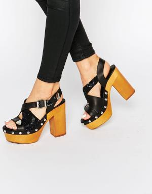 Eeight Черные босоножки на каблуке Sienna. Цвет: черный