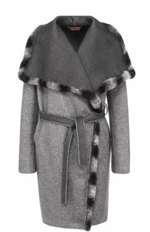 Кашемировое пальто с поясом и меховой отделкой Colombo. Цвет: серый