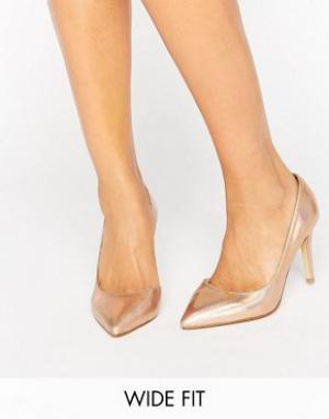 Faith Wide Fit Золотистые туфли-лодочки для широкой стопы Cliff. Цвет: золотой