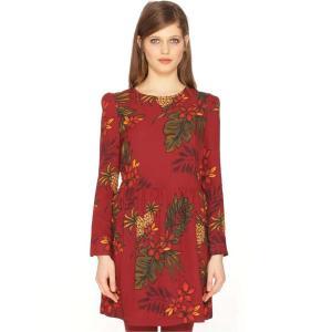 Платье расклешенное короткого покроя с рисунком PEPALOVES. Цвет: рисунок бордовый