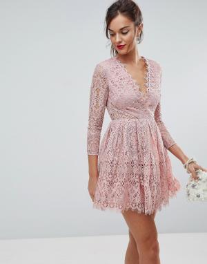 ASOS Кружевное платье мини для выпускного с длинными рукавами. Цвет: розовый