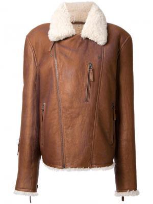 Куртка из овчины Yves Salomon Homme. Цвет: коричневый