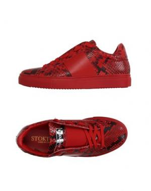 Низкие кеды и кроссовки STOKTON. Цвет: красный