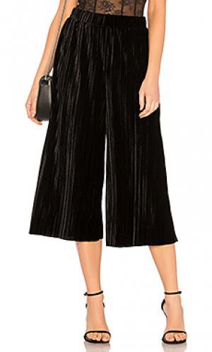 Плиссированные брюки гаучо без застежки BCBGeneration. Цвет: черный