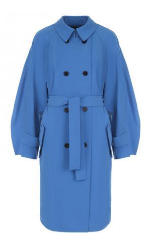 Однотонное двубортное пальто с поясом St. John. Цвет: голубой