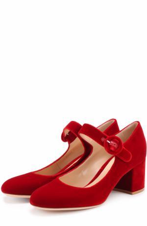 Бархатные туфли с ремешком Gianvito Rossi. Цвет: красный