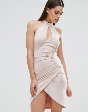 Sistaglam Платье-футляр с вырезом капелькой и перекрестной отделкой. Цвет: белый