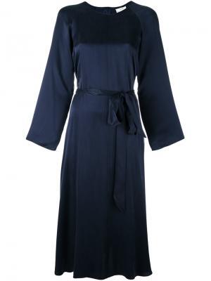 Платье с поясом Forte. Цвет: синий