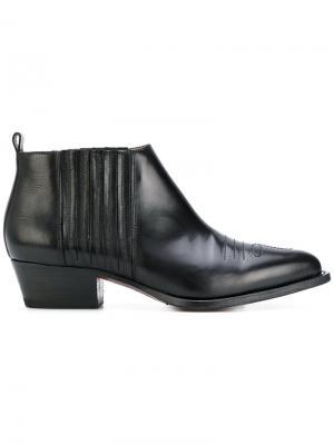 Ботинки с заостренным носом Buttero. Цвет: чёрный
