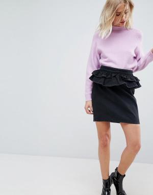 ASOS Выбеленная черная джинсовая юбка с баской. Цвет: черный