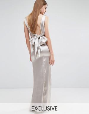 True Violet Драпированное платье макси с завязкой сзади. Цвет: светло-серый