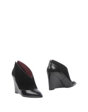 Ботинки MARC BY JACOBS. Цвет: черный