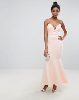 Club L Платье-бандо макси с глубоким вырезом. Цвет: розовый