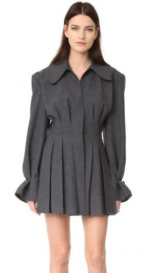 Платье со складками Jacquemus. Цвет: темно-серый