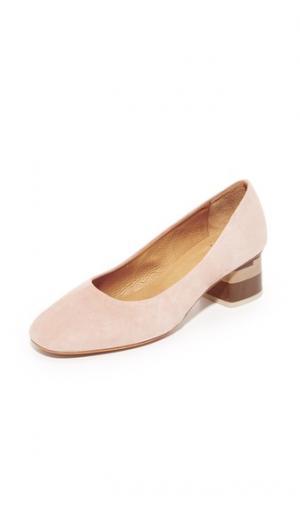 Трехцветные туфли на каблуке Epic City Coclico Shoes. Цвет: макияж/трехцветный