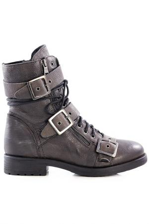 Ботинки NILA. Цвет: коричневый