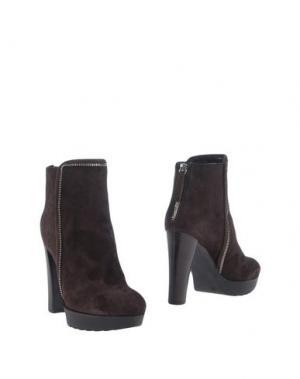 Полусапоги и высокие ботинки CARLA G.. Цвет: темно-коричневый